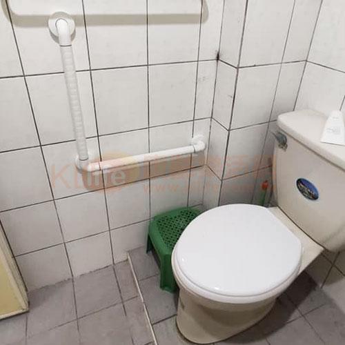 防滑抗菌安全扶手-抗菌L型馬桶扶手/ABS扶手/浴室扶手客戶安裝實例
