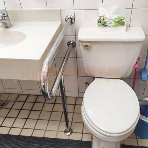 不鏽鋼安全扶手-P型面盆扶手/浴室扶手客戶安裝實例