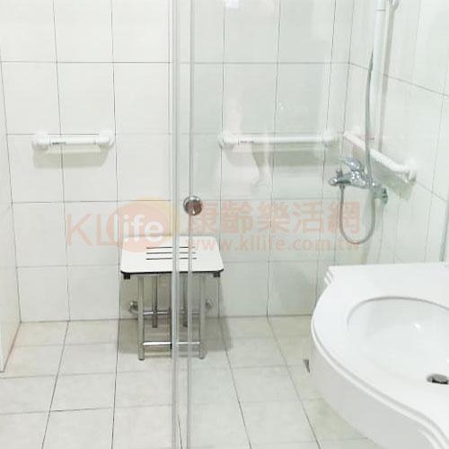 不鏽鋼浴室配件-不鏽鋼浴淋椅/摺疊淋浴椅/不鏽鋼洗澡椅客戶安裝實例